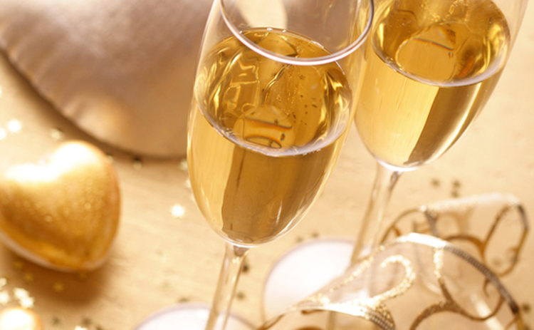 bigstock-happy-new-year-champagne-15742631