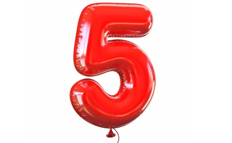 five-5-number-balloon